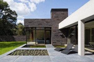 concrete-floor-villa-patio-design 1200x790